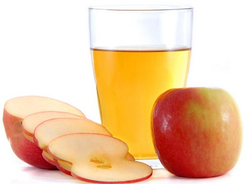 Cách làm sữa rửa mặt cho da khô từ táo, mật ong, sữa chia và dầu oliu