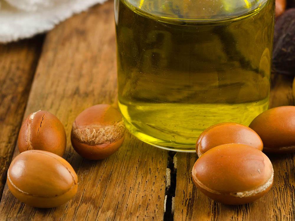 Dầu argan hữu cơ nguyên chất và công dụng trong làm đẹp