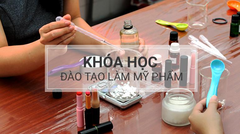 Khóa học làm mỹ phẩm chuyên nghiệp tại TPHCM