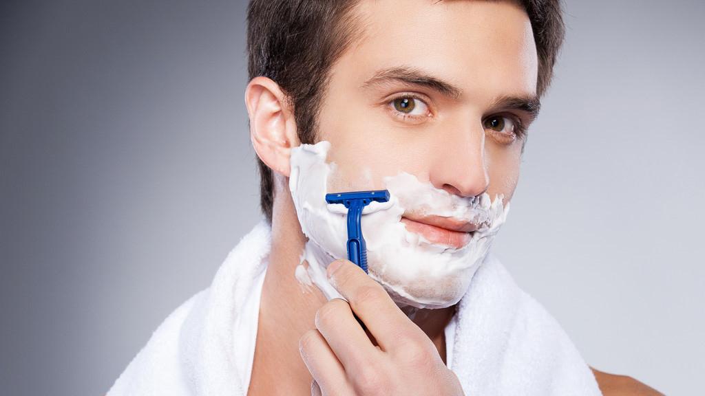 Sử dụng bơ shea để cạo râu
