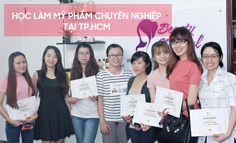 Học làm mỹ phẩm chuyên nghiệp tại TP.HCM